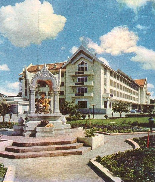 Erawan-Hotel-alt.jpg.dce5ac20facc2a0ae990a8f870b58609.jpg